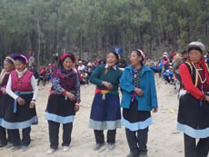 Preservation of the traditional music as a bond for the community with their own culture and values: Musical exchange to celebrate New Year in Yunnan.