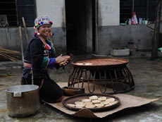 Local food is revived for simple living for Hani people in Yunnan.